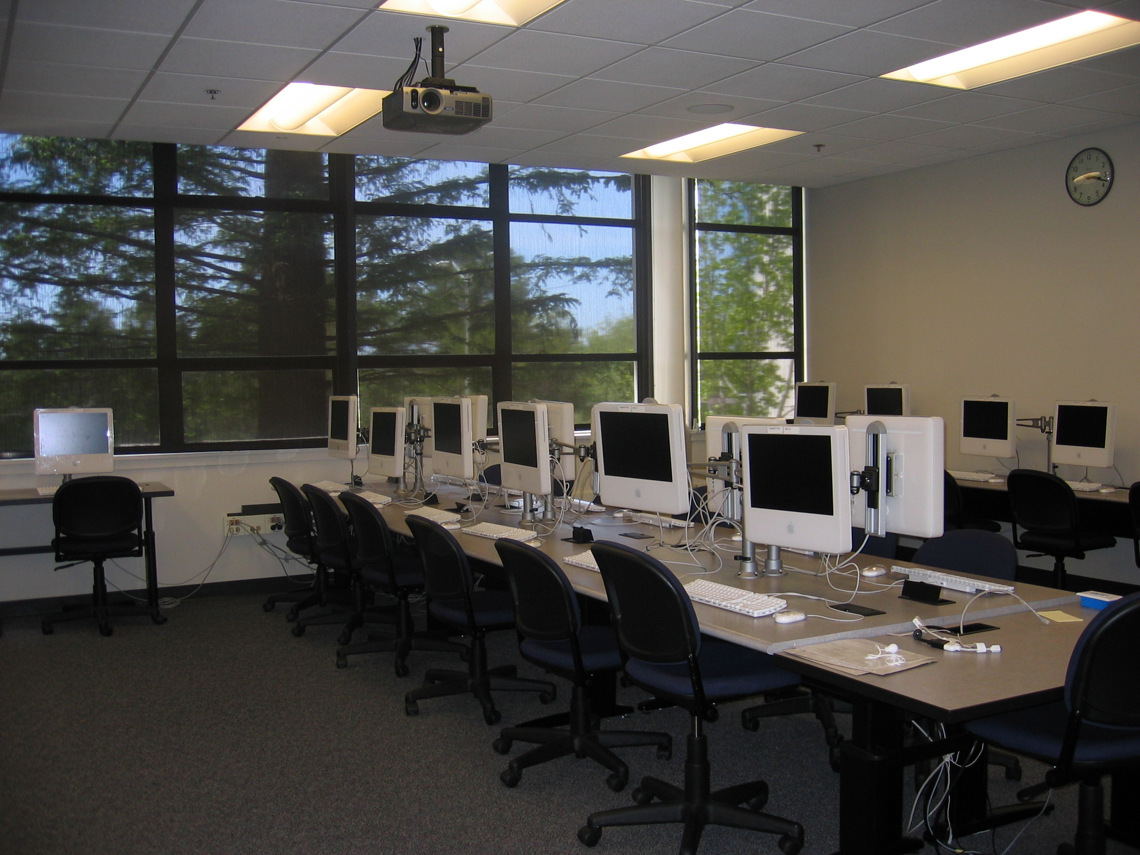 Computer-Assisted Classroom